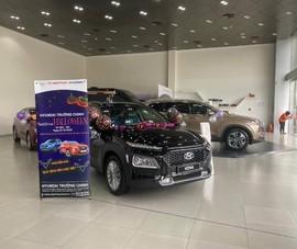 Quyết đấu Kia Seltos, Hyundai KONA giảm giá mạnh