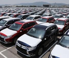 Xe hơi giá hơn 400 triệu đồng tràn vào Việt Nam