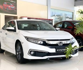 Honda Civic ưu đãi 70 triệu đồng, bạn có chọn?