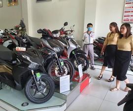 Tạm dừng đăng kí biển số, xe máy Honda giảm sâu hút khách mua online