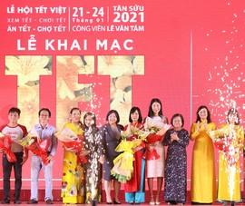 Đến lễ hội Tết Việt 2021 thưởng thức Tết 3 miền