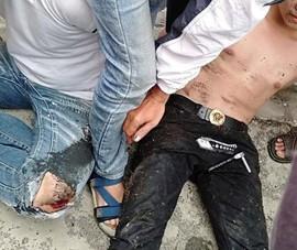 Người dân bắt kẻ mặc áo Grab dàn cảnh trộm xe máy ở Thủ Đức