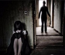 Tạm giữ người đàn ông 45 tuổi dâm ô cháu gái 6 tuổi