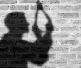 Nhân viên bị chủ tiệm internet nhốt, chết trong tư thế treo cổ