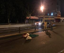 1 người tử vong bất thường ở đại lộ Phạm Văn Đông