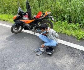 Người đàn ông chạy xe máy vào cao tốc Dầu Giây để sử dụng ma tuý