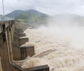 Thủy điện Sông Ba Hạ xả lũ xuống hạ du 2.400 m3/giây