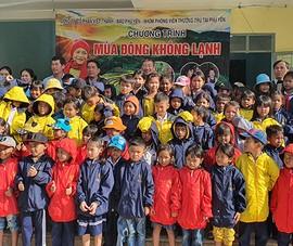 Mùa đông không lạnh với học sinh miền núi Phú Yên
