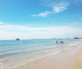 4 học sinh chết đuối khi tắm biển ở Cam Ranh