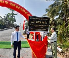 Cây cầu kết chặt tình hữu nghị hai tỉnh Bến Tre - Vĩnh Phúc