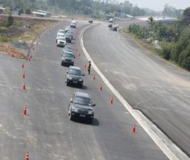 Cao tốc Trung Lương- Mỹ Thuận chỉ lưu thông tạm khi QL1 ùn tắc