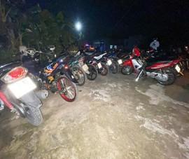 Tiền Giang: Đưa 23 thanh thiếu niên đua xe về trụ sở làm việc