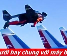 'Người bay' cao hơn, nhanh hơn cả máy bay phản lực