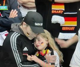 Nước mắt người Đức….