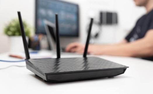 Có nên bật router WiFi liên tục hay không?