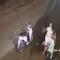 Công an thông tin clip nhóm dùng hung khí đánh 1 thanh niên gục xuống đường