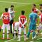 Arsenal tệ hại, Wenger rục rịch trở lại ghế nóng