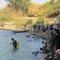 Hai sinh viên chết đuối khi tắm thác nước
