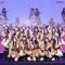 Nhóm nhạc teen nữ SGO48 chào khán giả với 16 cô gái
