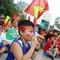 Cổ động viên cả nước vui mừng khi Olympic Việt Nam gỡ hòa
