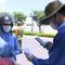 Video: Ngày đầu Đà Nẵng kiểm tra người đi đường bằng mã QR Code