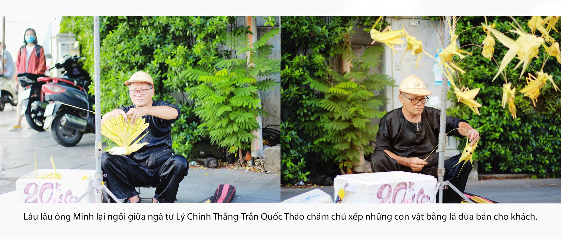 Họa sĩ già bán cào cào chở tuổi thơ đi khắp Sài Gòn - ảnh 13