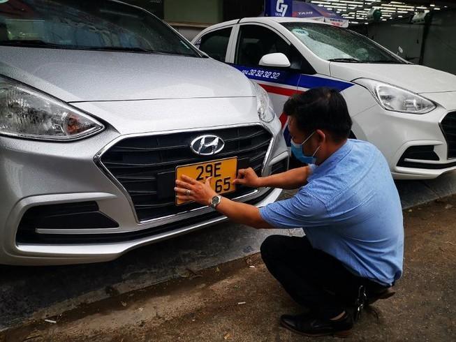 Xe kinh doanh nhưng không đăng ký bị phạt bao nhiêu?