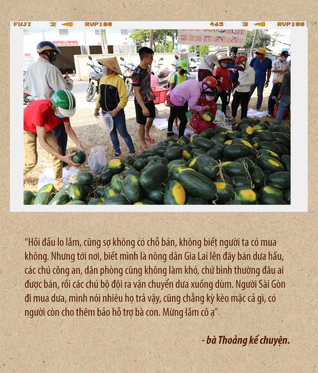 Tình người Sài Gòn thời dịch COVID-19 - ảnh 13