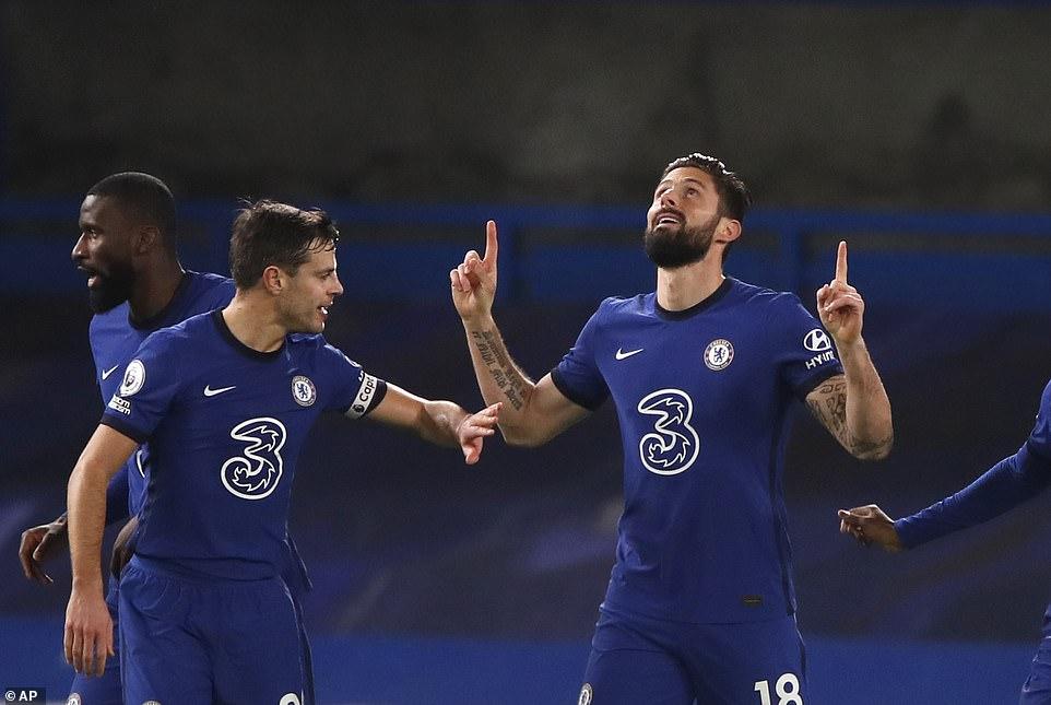 Chelsea, West Ham cùng thắng đẩy Liverpool rời xa Top 4