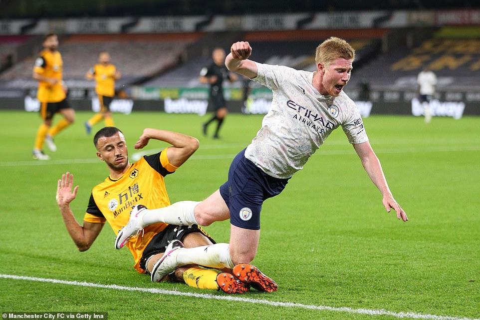 Vòng 29 Premier League: Thành Manchester cẩn thận