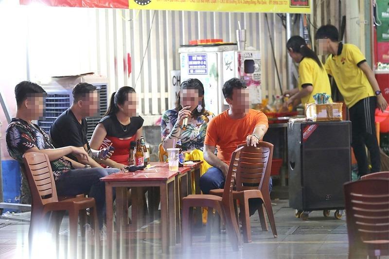 Dân đưa ra hiến kế trị ''nạn'' karaoke tự phát