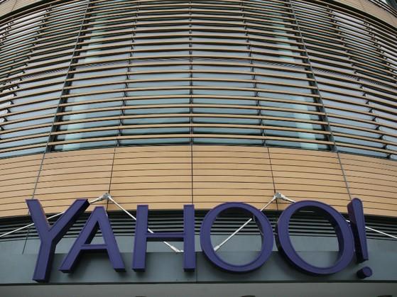 Yahoo đọc trộm email khách hàng cho tình báo Mỹ