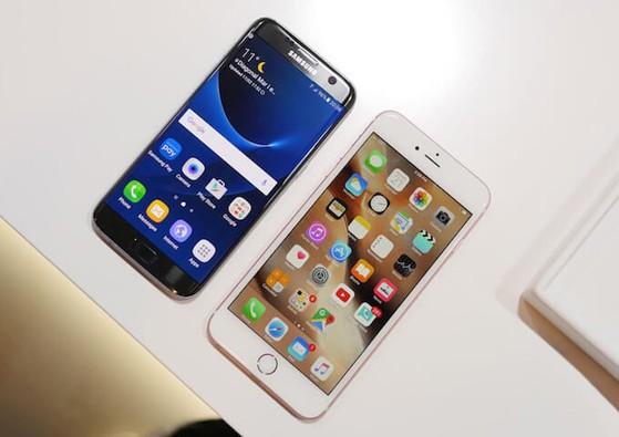 galaxy-s7-vs-iphone
