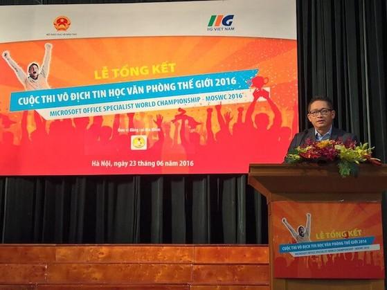 Ông Vũ Minh Trí phát biểu tại sự kiện vô địch tin học văn phòng thế giới tại Việt Nam