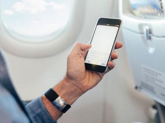 Có nên chuyển smartphone sang chế độ máy bay
