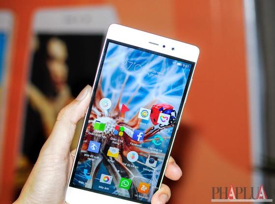 Gionee F103 Pro có màn hình 5 inch sắc nét