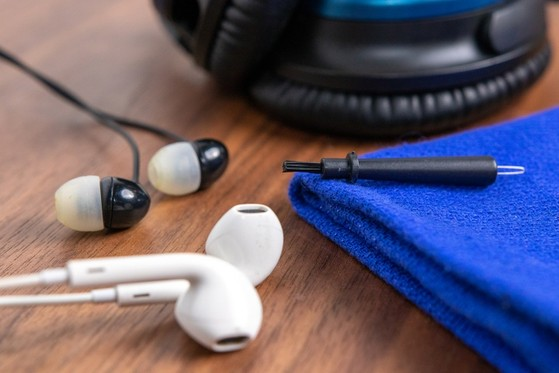 tai-nghe-earphones