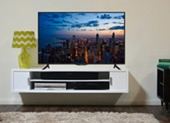 2 mẫu tivi thông minh giảm giá 50% trong dịp lễ