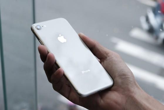 gia-iphone-8-duoi-6-trieu