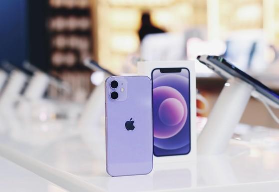 iphone-12-tim