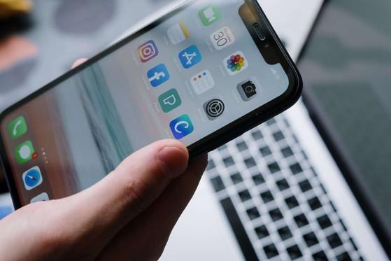 tang-toc-iphone