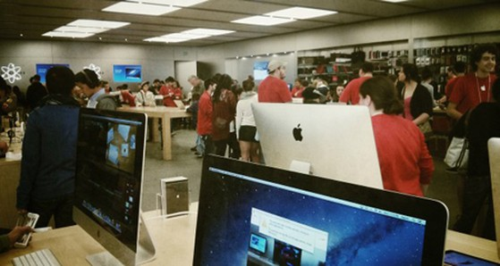 Apple, iPhone 5s, iPhone 5C, Samsung, HTC, LG, Motorola, iPad, Microsoft Surface
