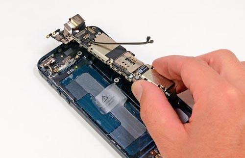 06-apple-iphone-5-teardown-fix-6721-7798
