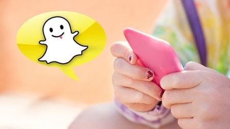 Snapchat một mạng xã hội đang có tốc độ phát triển rất nhanh.