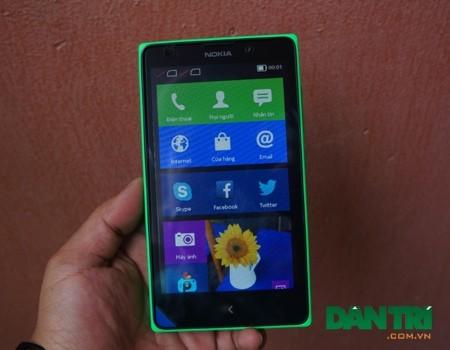 Nokia XL.