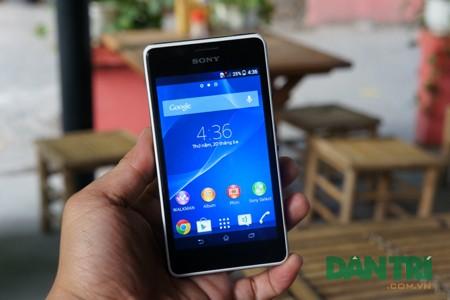 Cận cảnh smartphone giá rẻ Xperia E1 tại Việt Nam