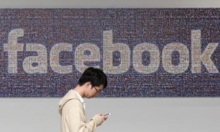 Mẹo hay chat Facebook trên smartphone không cần cài thêm ứng dụng