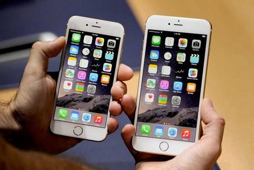 Bộ đôi iPhone thế hệ mới với màn hình 4,7 và 5,5 inch.