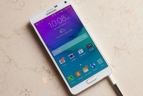 Galaxy Note 4 vẫn là phablet Android ấn tượng nhất hiện nay.