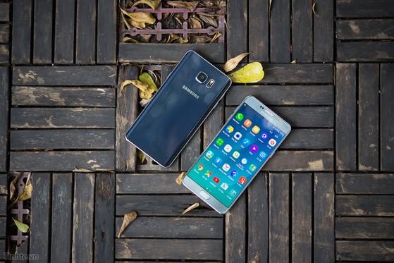 Samsung_Galaxy_Note_5_Silver_bac-14.